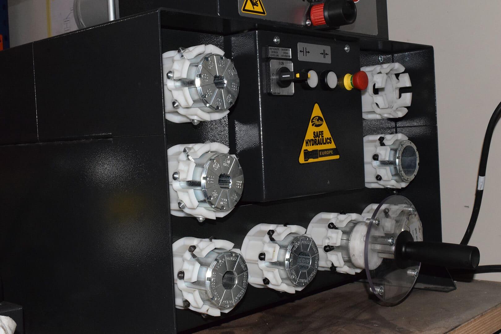 DSC 0016 - Flexibles Hydrauliques