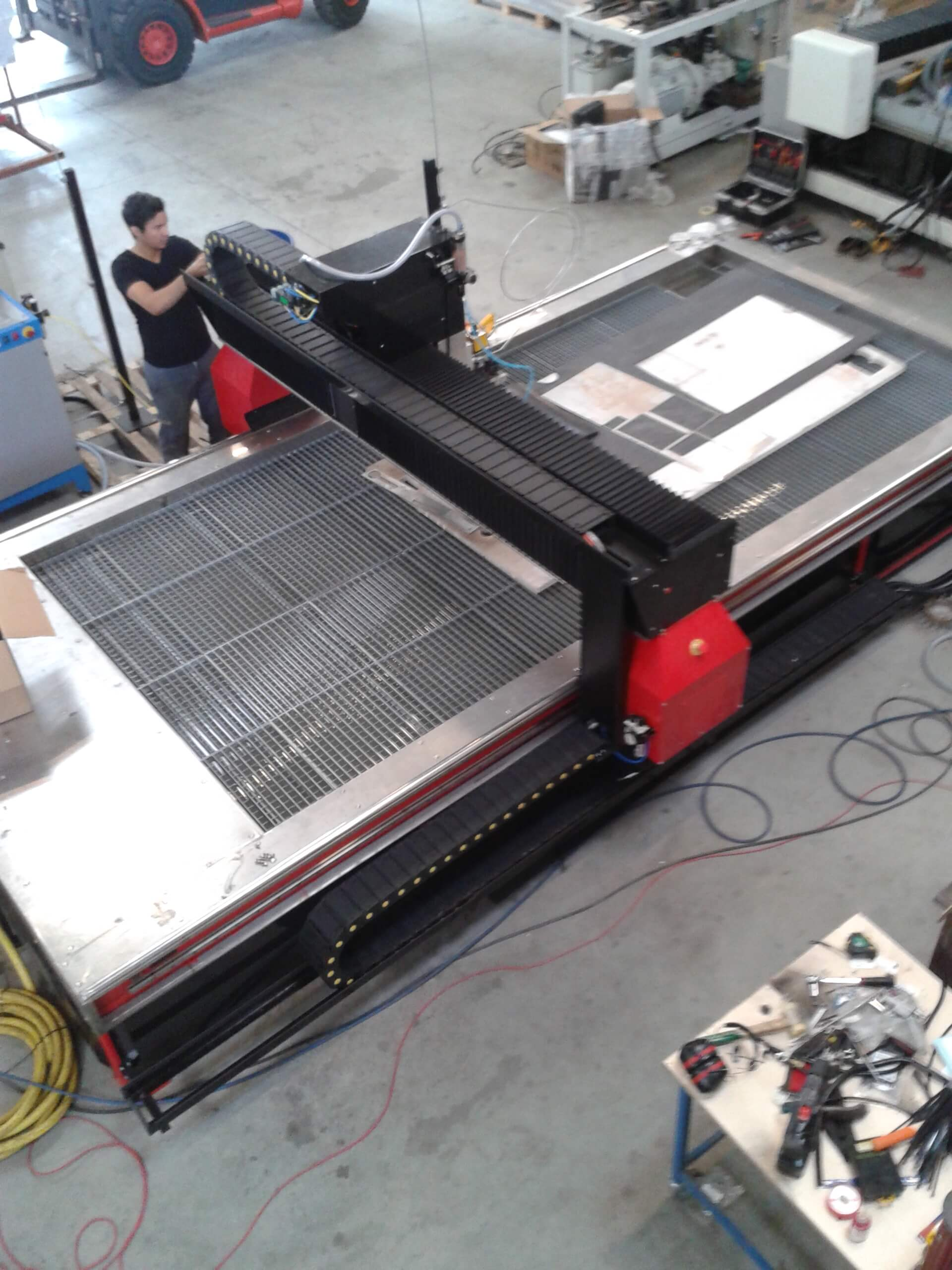 MDX4 - MD-X waterjet cutting machine