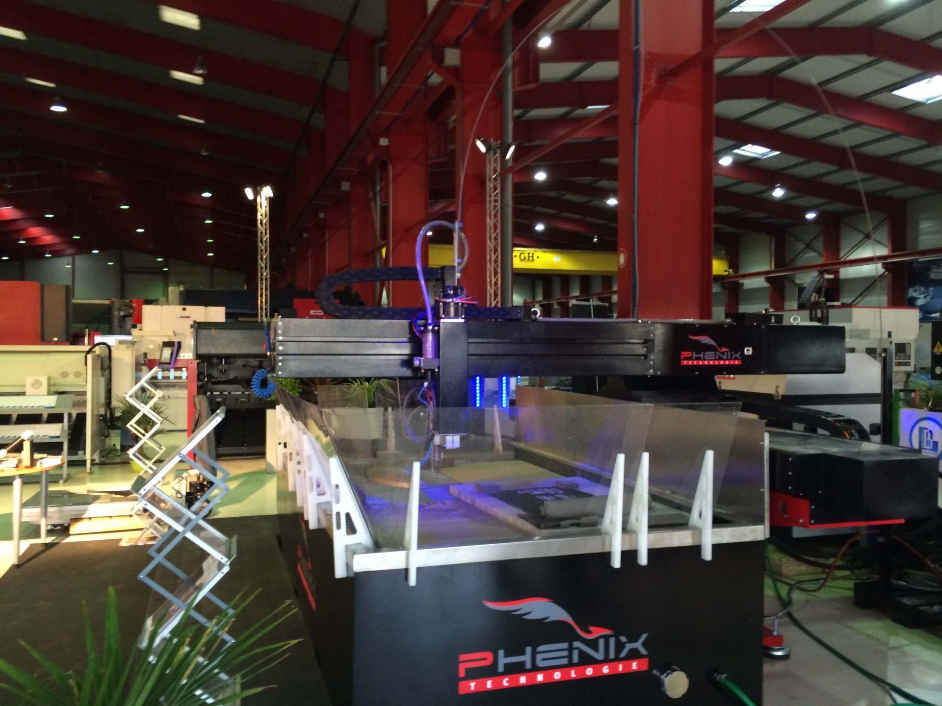 decoupe jet d eau PHENIX TECHNOLOGIE2 e1479218092157 - Phénix Technologie présent aux portes ouvertes de Didelon Machines Outils
