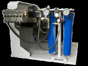 pompe entrainement direct 300x225 - Pompes Haute-Pression pour tables de découpe au jet d'eau